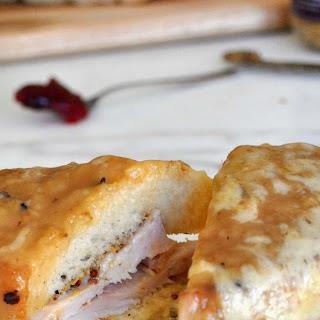 Grilled Turkey and Gravy Sandwich