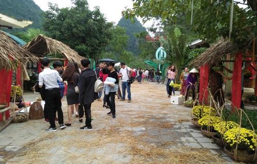 Phong Nha Kẻ Bàng tái hiện chợ Tết xưa 8