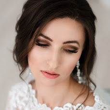 Wedding photographer Oksana Vedmedskaya (Vedmedskaya). Photo of 04.03.2017