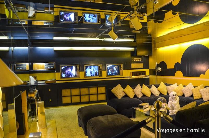 Graceland TV room