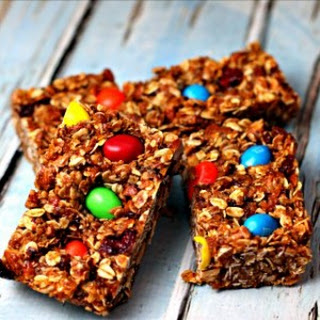 Fruity Granola Bars for Kids.