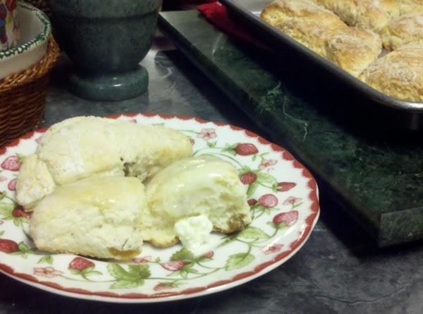 English Currant Scones Recipe