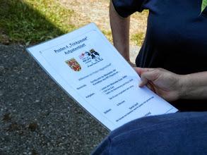 Photo: Studium des Aufgabenblattes und so nebenbei sollte das Wappen beachtet werden