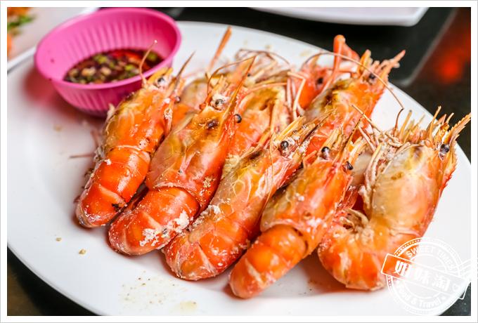 新凱門複合式釣蝦場烤蝦