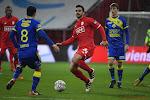 ? Standard-verdediger krijgt rood na bijzonder smerige overtreding op Russische verdediger