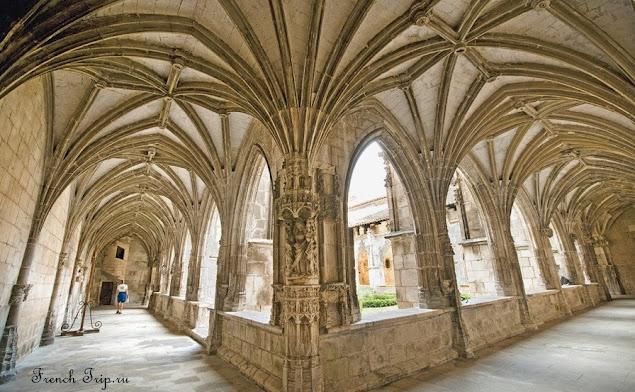 Галерея клуатра, кафедральный собор Каора - Cathédrale de Cahors (Кафедральный собор Каора)