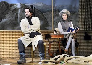 """Photo: WIEN/ Theater in der Josefstadt: """"Totes Gebirge"""" von Thomas Arzt. Inszenierung: Stephanie Mohr. Premiere am 21.1.2016. Ulrich Reinthaller, Susa Mayer.. Copyright: Barbara Zeininger"""