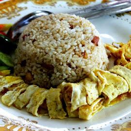 by MasHeru Sucahyono - Food & Drink Eating
