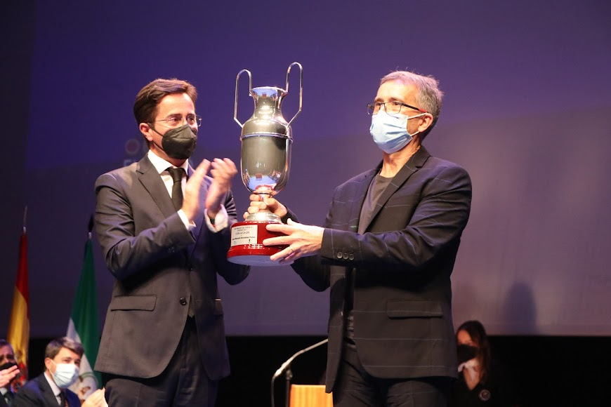 La Copa Alcalde fue para el pediatra Juan Manuel González.