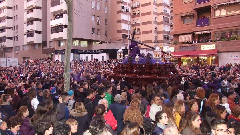 Aunar tradición e innovación, uno de los alicientes de la Semana Santa almeriense.