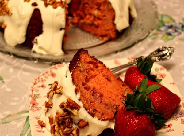 Strawberry Banana Pound Cake Recipe