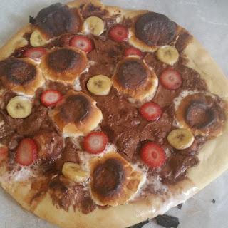 Chocolate Spread Dessert Pizza