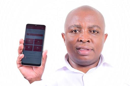 Kenyan biochemist Donatus Njoroge who helped develop and introduce the KoviTrace app.