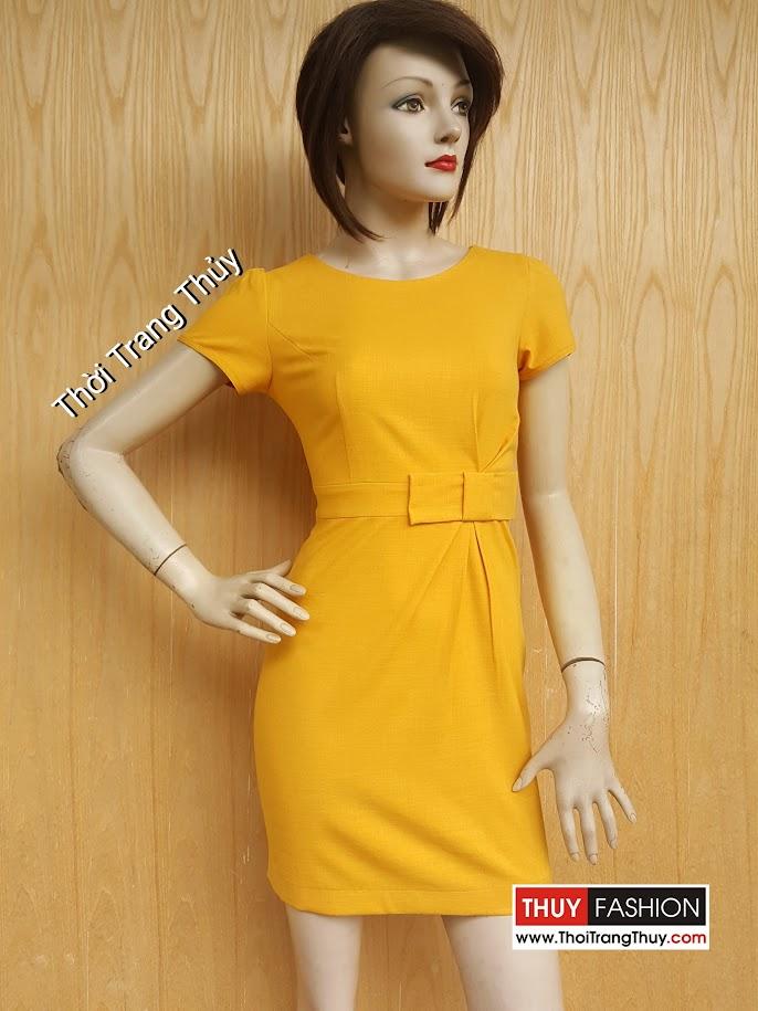 Váy liền công sở dáng ôm xếp ly và đính nơ eo V463 tại Thời Trang Thủy