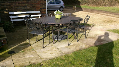 Photo: http://www.outsideedgegardenfurniture.co.uk/Cast-Aluminium-and-Metal-Garden-Furniture/index.html