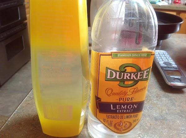 Now add the Lemon Sorbet and Lemon extract.