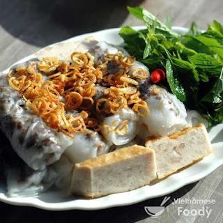 Vietnamese Steamed Fresh Rice Flour Rolls (Banh Cuon).