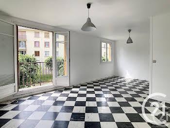 Appartement 4 pièces 65,93 m2