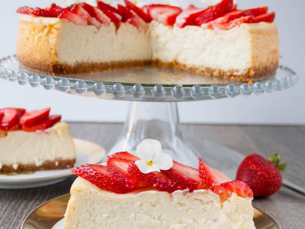 10 Best Philadelphia Cream Cheese White Chocolate Cheesecake Recipes Yummly