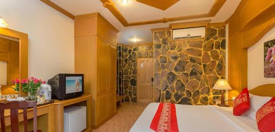 Chang Residence