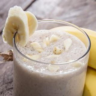 Banana-Almond Energy Smoothie.