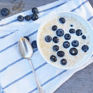 Vanilla Blueberry Quinoa Breakfast Bowl