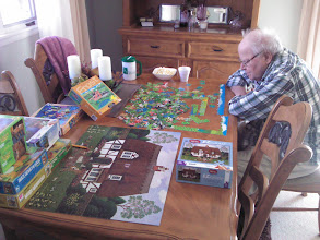 Photo: Bill-puzzles