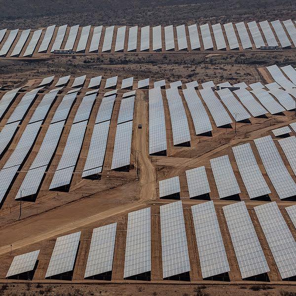 Zonne-energievelden