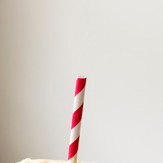Peach Buttermilk Ice Cream Float + 5 Frozen Treat Links!