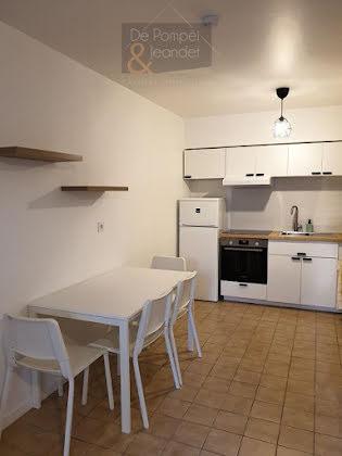 Location studio 23,45 m2