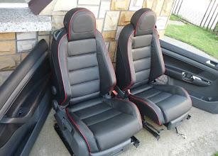 """Photo: www.auto-leder.prv.pl VW golf 5 GTI """"przerwa na reklame"""" :)"""