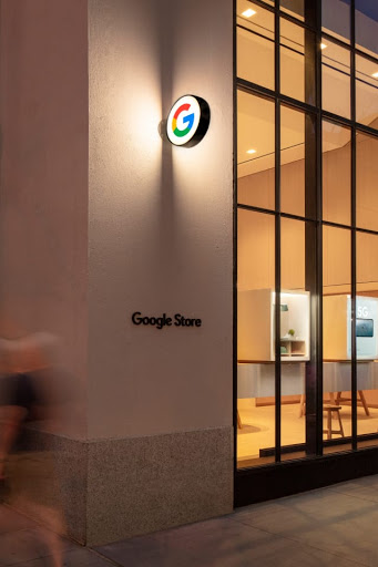 Corner view of the Google Store on 9th Avenue in New York