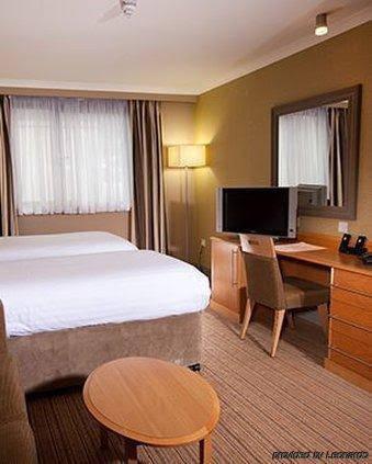 Village Urban Resort Swansea