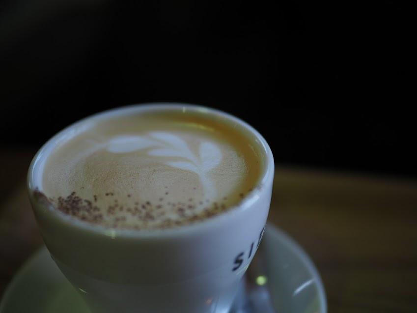 シエナコーヒーのティーラテ