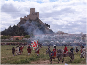 Photo: Casillo de Almansa. Recreación histórica de la Batalla http://www.viajesenfamilia.it