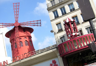 Photo: The famous Moulin Rouge