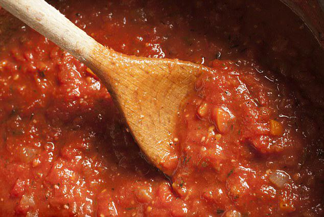 Bí quyết làm sốt cà chua đúng cách và đơn giản