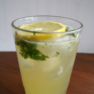 Lemon Ginger Mocktail Mojito.