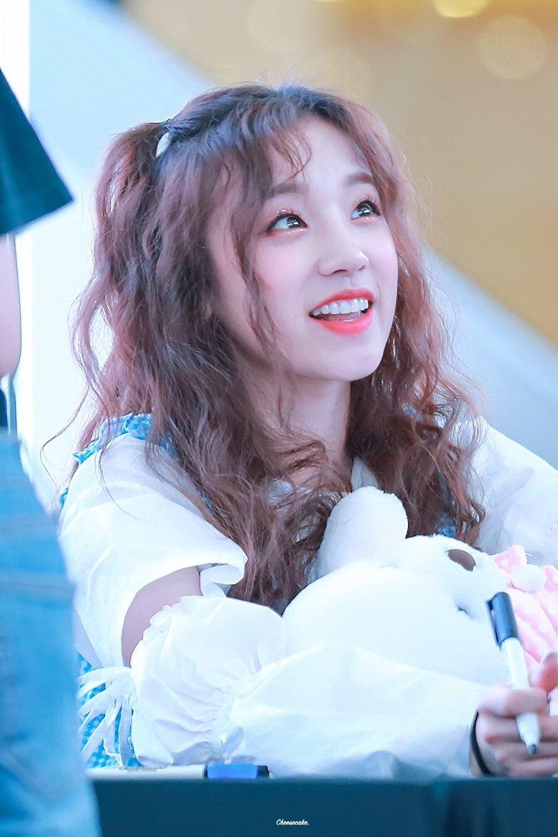 cute idol 24