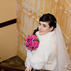 Wedding photographer Nina Krasnologvinova (NinaKras). Photo of 08.06.2014