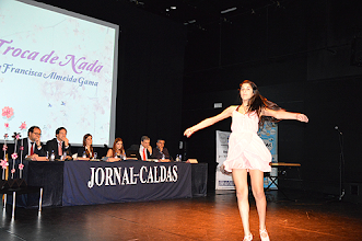 Photo: Dança, executada por Ana Pedrosa