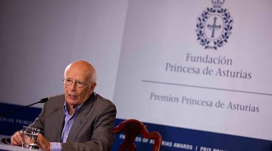 Cultura dedica el Día del Libro al pensador Emilio Lledó
