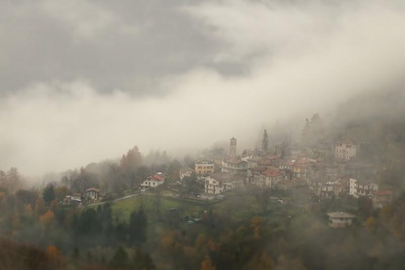 Misty Village di Stefano Ferrari