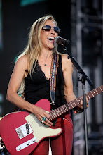 Photo: Sheryl Crow performs on the Mane Stage during Stagecoach California's Country Music Festival at the Empire Polo Fields on Sunday, April 29, 2012 in Indio, Calif.(Marilyn Chung/The Desert Sun)