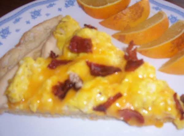 Tina's Biscuit Dough Breakfast Pizza Recipe