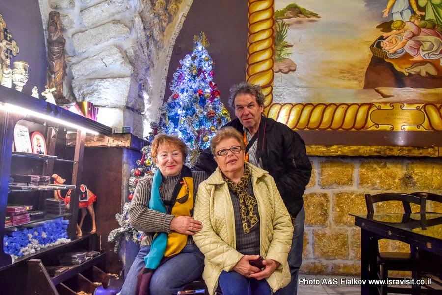 Рождество. Елочка в монастыре Ильи Пророка в Иерусалиме.