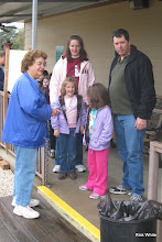 Photo: Virginia Freitag (station master) with her daughter Darlene and family.     HALS Run Day 2009-1121