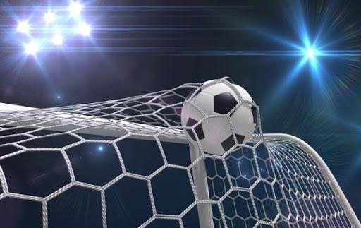 Veteran striker Collins Mbesuma keen to keep on playing