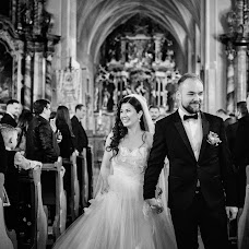 Wedding photographer Casian Podarelu (casian). Photo of 30.09.2018