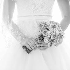 Wedding photographer Yaroslava Melnik (yara001). Photo of 20.08.2014